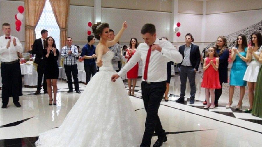 Matrimonio In Albania : La voce dell aquila aggiornamenti dall albania