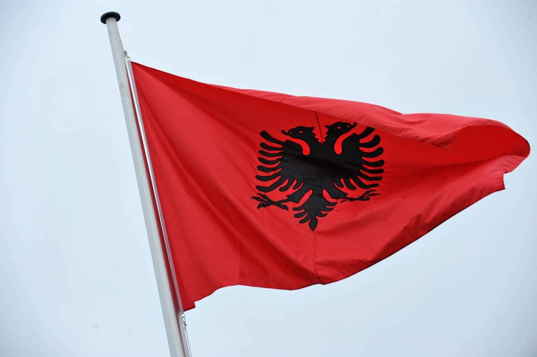 voce aquila albania lingua didattica