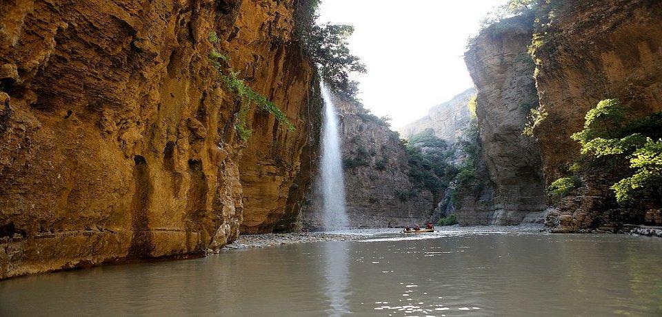 voce aquila albania turismo rafting osum