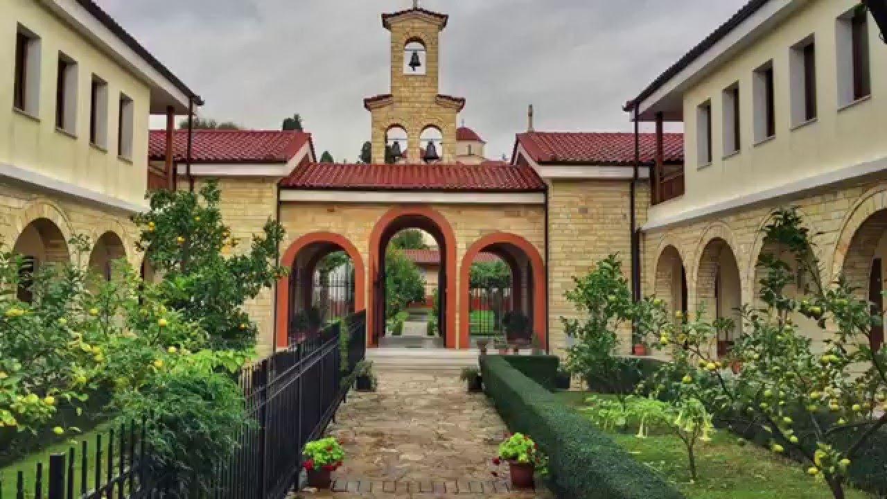 voce aquila albania monasteri chiese