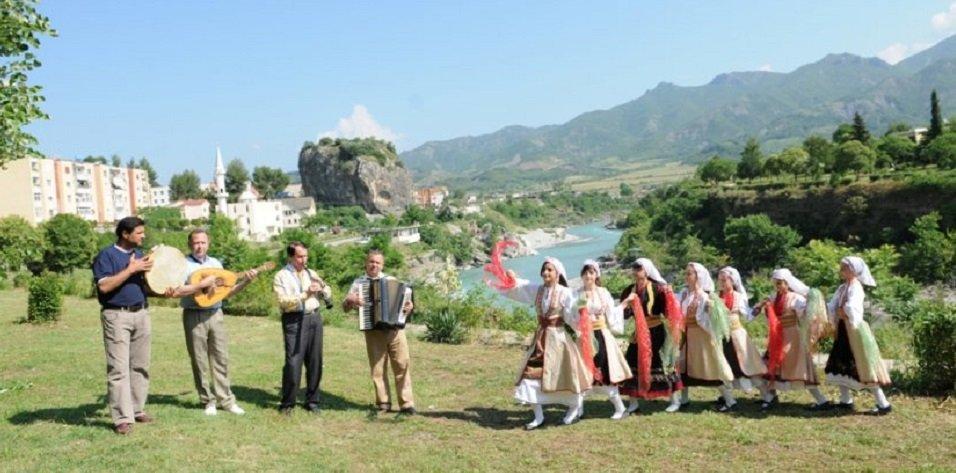voce aquila albania permet