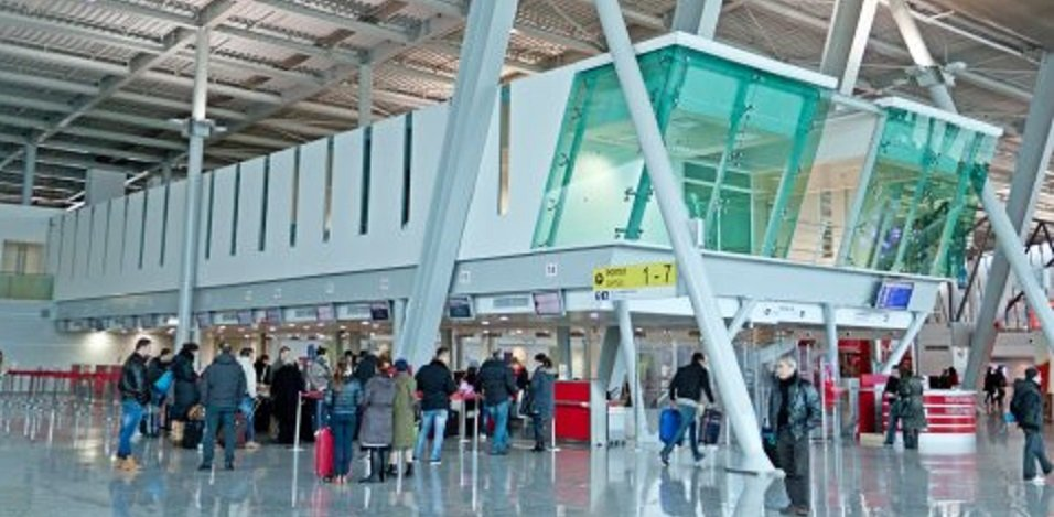 voce aquila albania biglietti aerei