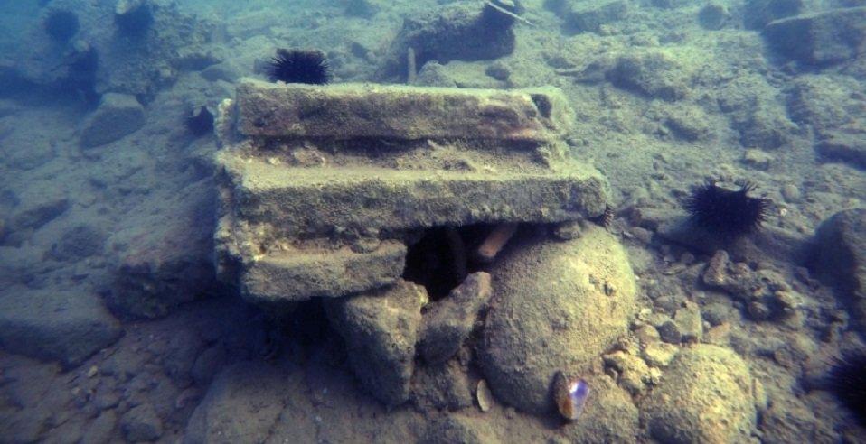 voce aquila albania archeologia