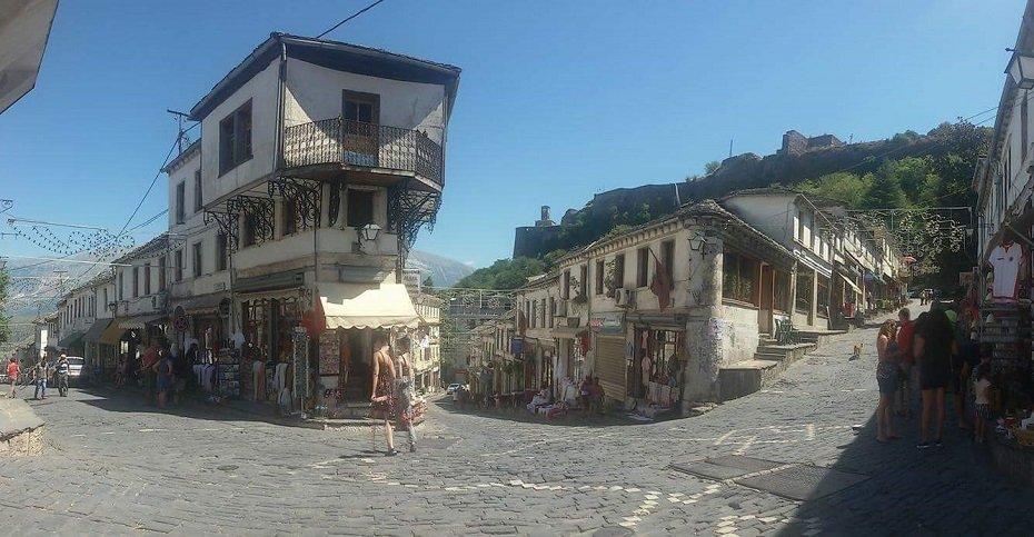 visitare l'albania argirocastro-la voce dell aquila