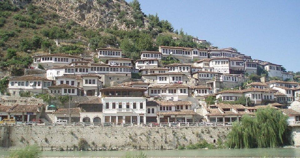 turismo a berat in albania